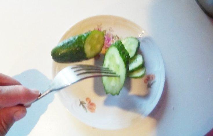 Чтобы похудеть без диет, надо уменьшить в объеме порции