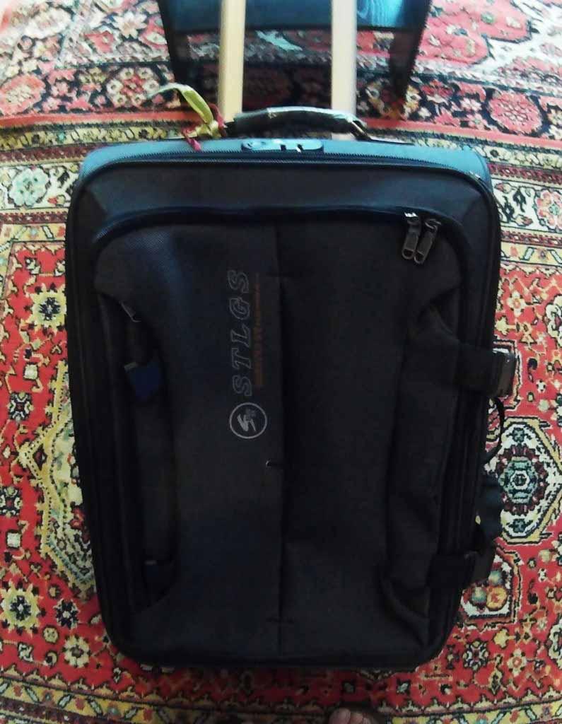 как упаковать чемодан в самолет