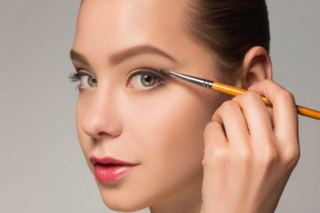 как делать макияж легкий