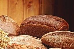 корочка на хлебе очень вредная
