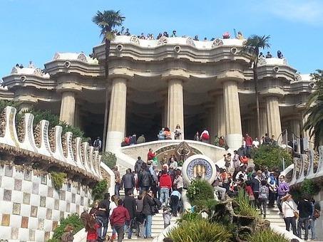 парк Гуэля в Испании