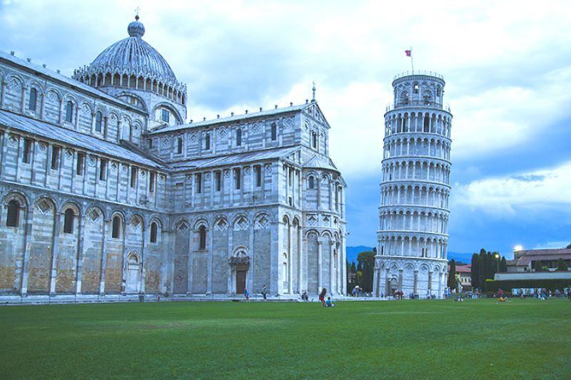 Достопримечательности мира фото с названиями:  Пизанская башня