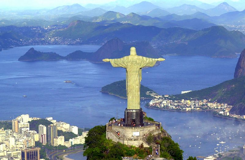 Достопримечательности мира фото с названиями:   Статуя Христа-Искупителя