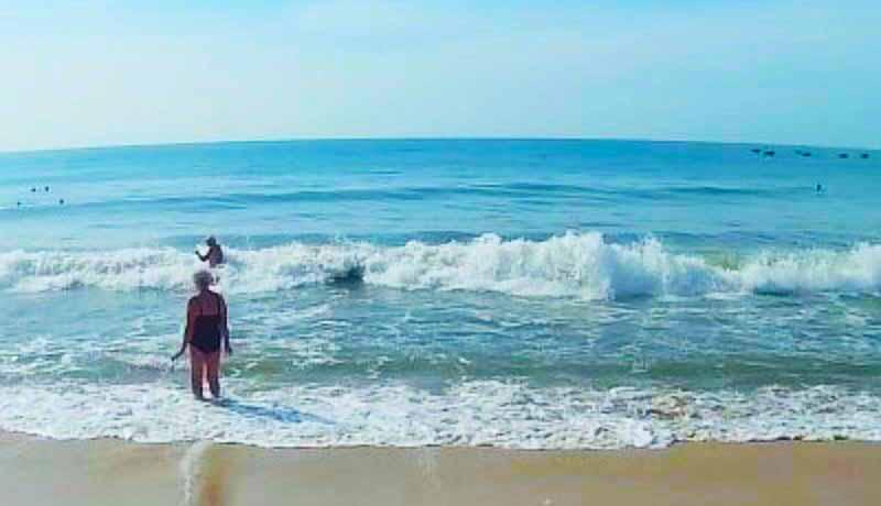 волны на море в Муйни Вьетнам