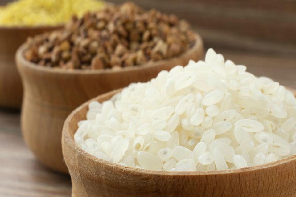 диета 6 лепестков меню на каждый лень в злаковый день рекомендует рис и гречку