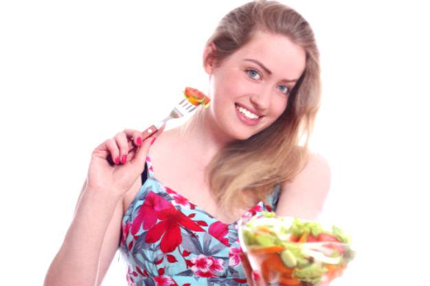 Щелочная диета продукты из нее ест девушка