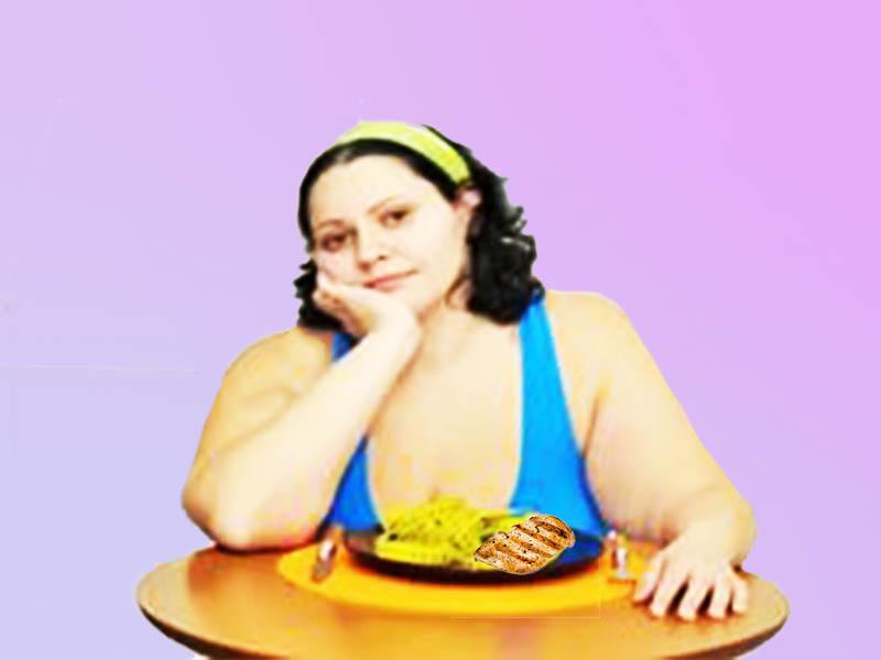 Леди взвешивает стоит ли ей худеть на меню диеты куриной